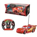 Cars 2   Automobile radiocomandata Lightning McQueen in scala 1:12